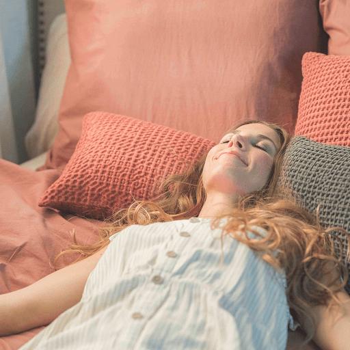 Dormir bajo los efectos del calor.