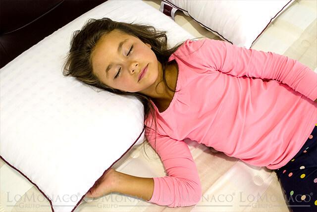 Mi hijo se destapa mientras duerme ¿Qué puedo hacer?
