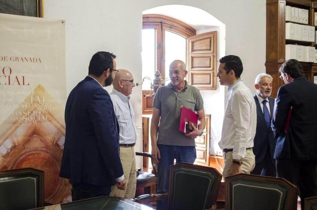 Imagen-Conversaciones durante el Convenio Sensobed en Hospital Real Granada
